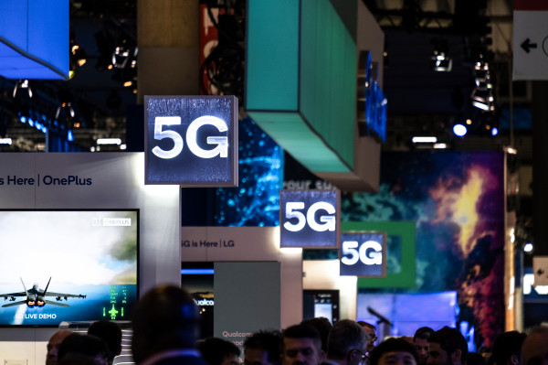 2020 to see 0.9% bump in global device shipments thanks to 5G, then 2 more years of decline – TechCrunch