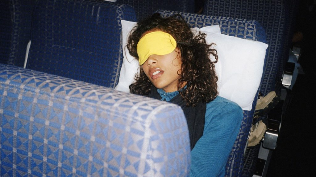 This Hilarious Post About In-Flight Skin Care Goes Viral on Reddit
